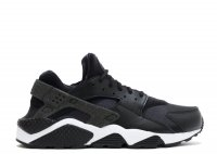 "w's air huarache run prm ""nfl"""