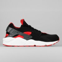 Nike Air Huarache Black Unviersity Red